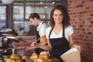 3 Ways Restaurants Benefit from Computer Management Software