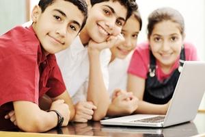 Increasing number of schools utilize laptop classroom computers